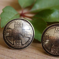 Dunisia, Celtic shield cufflinks in sterling silver