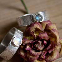 Catch my soul, promise rings in sterling silver, labradorite and moonstone