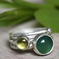 Green tea from Himalaya, sterling silver stacking rings with green agate and peridot