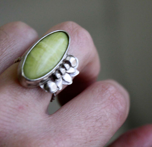 Hijau, tropical vegetation ring in sterling silver and aventurine