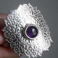 Lilac from India, oriental tribal ring in sterling silver and amethyst