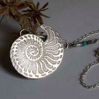 Nautilus, stability and longevity seashell necklace in sterling silver