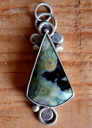 Quetzalcoatl, Aztec pyramid pendant in streling silver and rainforest jasper