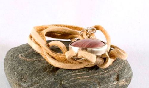 Shina, red sand bracelet in sterling silver, leather and picture jasper