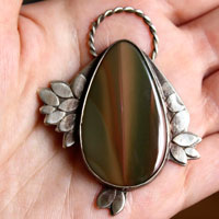 Sompaïna, rainbow of the mother earth pendant in sterling silver and imperial jasper