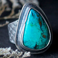 Blue wave, Japanese sea ring in sterling silver and chrysocolla