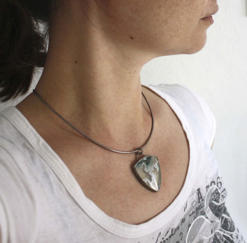 Ice earth, floe pendant in sterling silver and moss agate