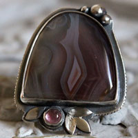 Night flower, poetic ring in sterling silver, Botswana agate and pink zircon
