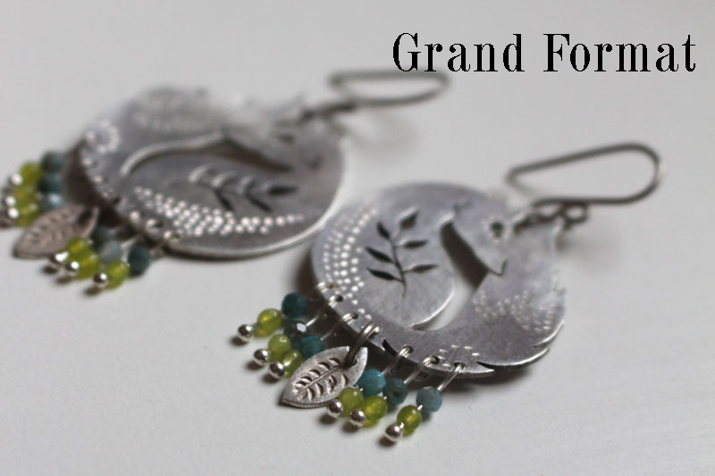 The fox of the wheat, fox and leaves earrings in sterling silver, blue and green agate