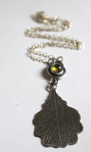 The legend of the oak tree, tree of history necklace in sterling silver and peridot