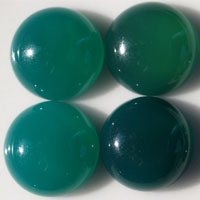 green agate M cabochon