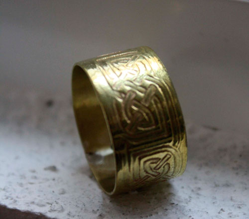Stonehenge, moon and Celtic knot ring in sterling silver and brass