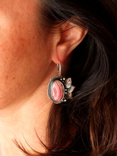 Blossoming, flower earrings in sterling silver and rhodochrosite