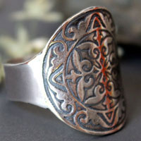 Cassius, medieval shield ring in sterling silver