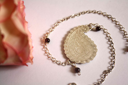 Earth's poem, cashmere drop bracelet and anklet in sterling silver and garnet