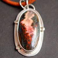 From the deepest part of the earth, volcano necklace in sterling silver and Seam agate