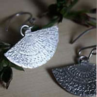 Han'i, Japanese fans earrings in sterling silver