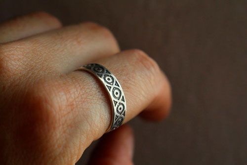 Livunn, engraved Viking ring in sterling silver