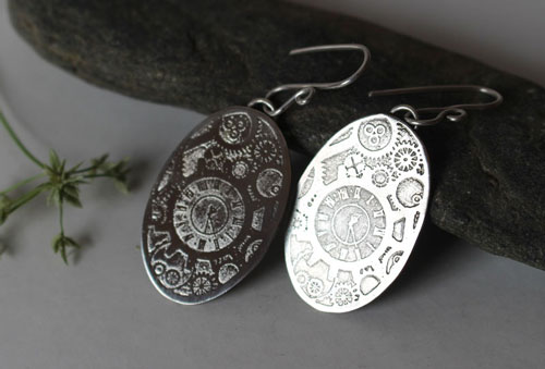 Mechanic hands, oval steampunk gears earrings in sterling silver