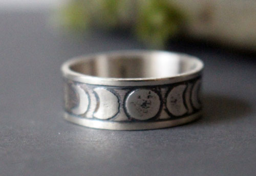 Moon phases, nocturnal star ring in sterling silver