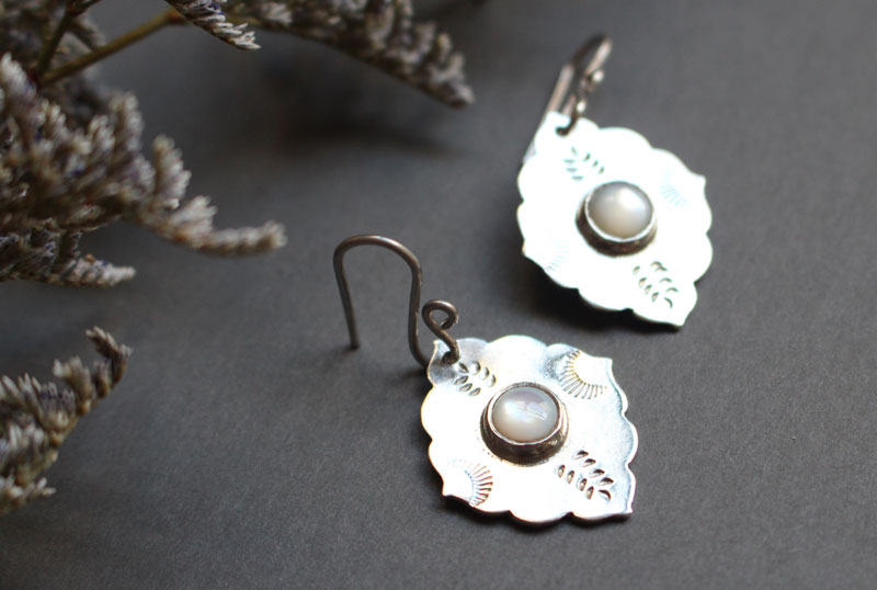 Morning star, oriental earrings in sterling silver and nacre