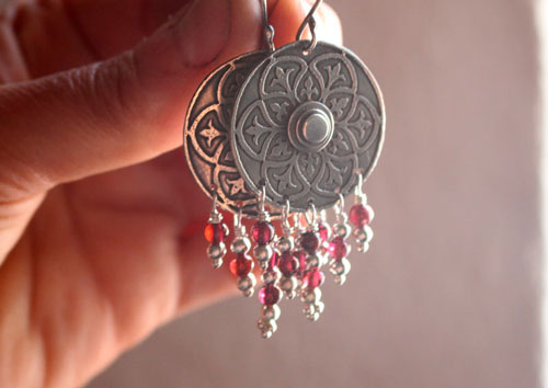 Murmur of the shield, medieval earrings in sterling silver and garnets