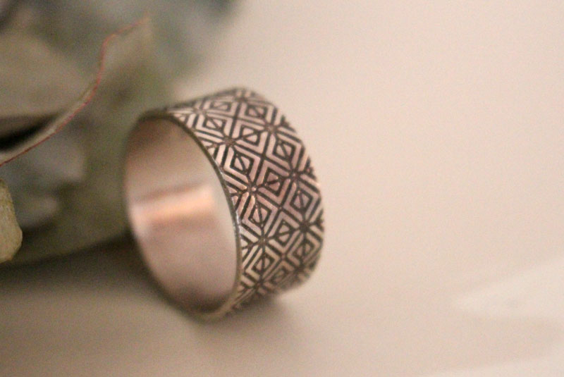 Origami, engraved Japanese geometric ring in sterling silver