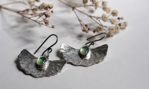 Pond lis, water lily leaf earrings in sterling silver and chrysoprase