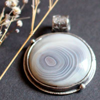 Ricochets under the full moon, astronomical pendant in sterling silver and botswana agate