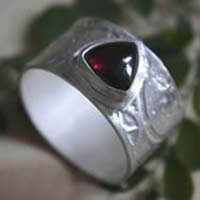 Sherlock Holmes, Neo-Victorian steampunk gear ring in sterling silver and garnet