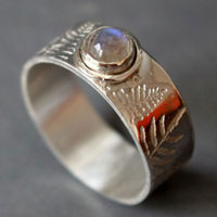 Silver fern, Maori legend ring in sterling silver and moonstone