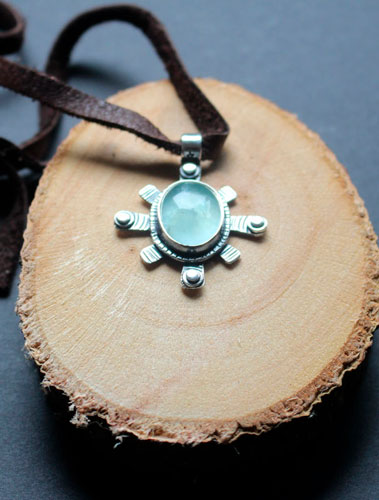 Star, celestial necklace in sterling silver and fluorite