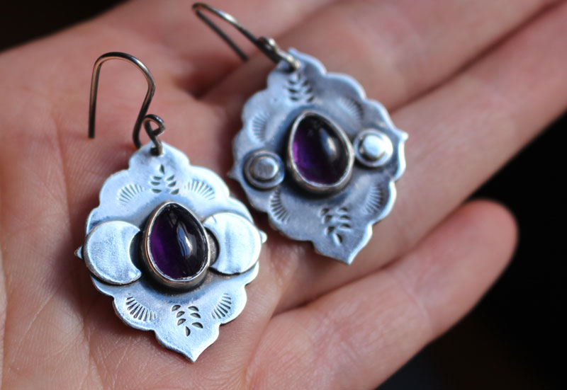 The evening star, Moorish architecture earrings in sterling silver and amethyst