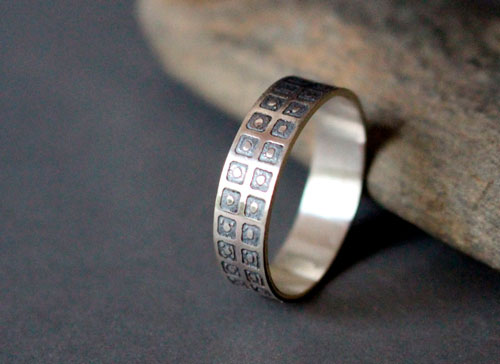The sky and the Earth, square and circle ring in sterling silver