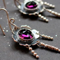Violet, flower earrings in sterling silver and amethyst colored glass cabochon