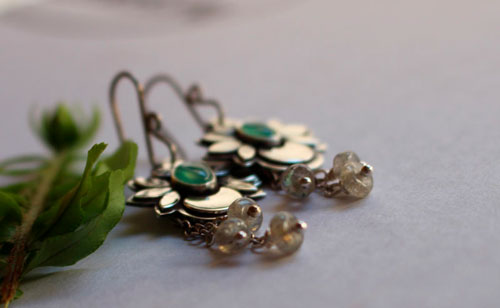 Water moon, moon flower earrings in sterling silver, chrysoprase and labradorite
