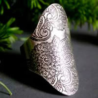 Wisdom flower, paisley saddle ring in sterling silver