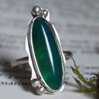 Zephyrine, green agate sterling silver ring
