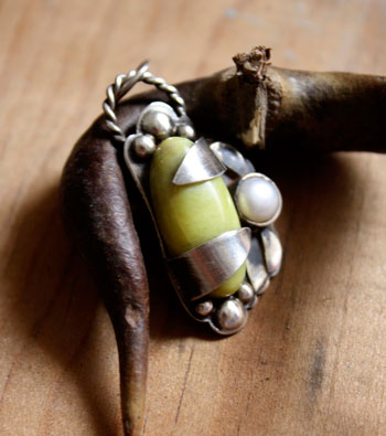 history and healing properties of mother of pearl